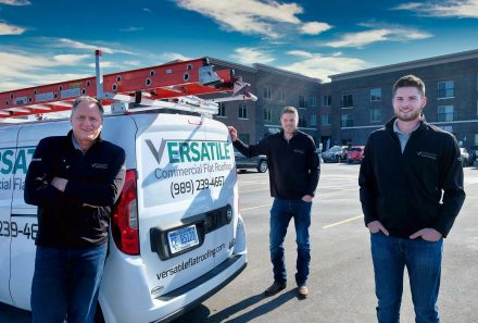 Are You Planning for a New Commercial Roof? Versatile is Your Team