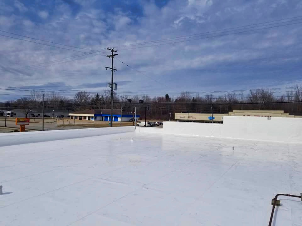 What to Consider When Selecting a New Commercial Roofing System